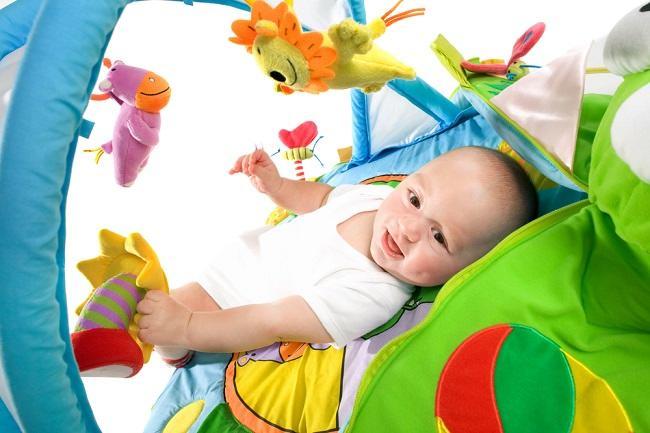 Baby Gym, Olahraga Menyenangkan yang Penuh Manfaat - Alodokter