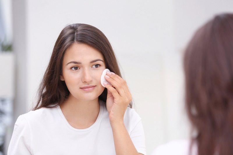 Ini Penyebab Bercak Putih di Wajah dan Cara Mengobatinya - Alodokter