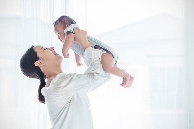 Waspadai Shaken Baby Syndrome Saat Menenangkan Bayi - Alodokter