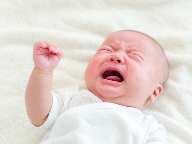 5 Hal yang Sering Mengganggu Tidur Bayi - Alodokter