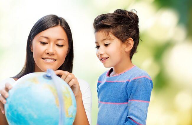 Benarkah Homeschooling Membuat Anak Sulit Bersosialisasi? - Alodokter