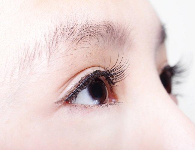 Cara Menghilangkan Mata Bengkak Setelah Menangis - Alodokter