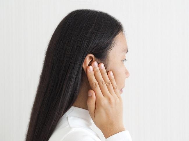 Ketahui Penyebab di Balik Telinga Bau - Alodokter