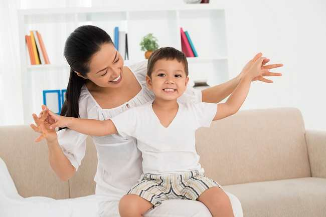 Tips Meringankan Napas Berbunyi dan Sesak Napas pada Anak - Alodokter