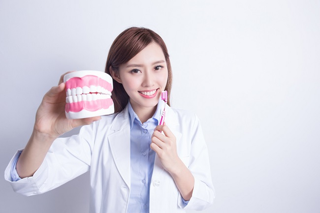 Ketahui Beragam Cara Menjaga Kesehatan Gigi dan Mulut - Alodokter
