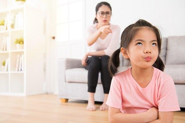 Bunda dan Ayah, Yuk, Kenali Ciri-Ciri Toxic Parents - Alodokter