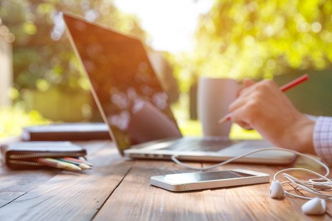 Ini Pentingnya Asuransi Kesehatan untuk Pekerja Lepas atau Freelancer - Alodokter