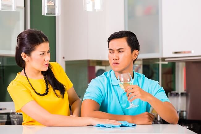 Kenali Tanda-tanda Kamu Terlalu Bergantung pada Pasangan - Alodokter