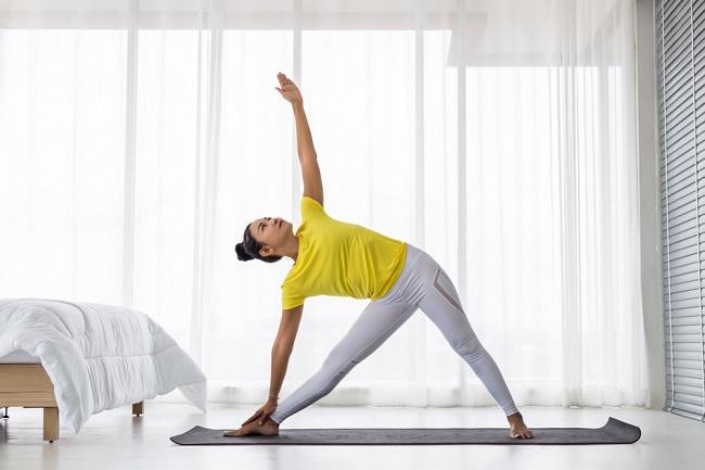 Sering Nyeri Punggung? Coba Pose Yoga Ini - Alodokter