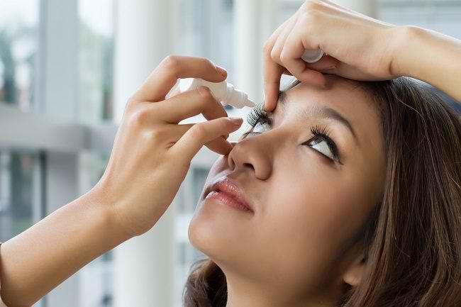 Ini Daftar Obat Sakit Mata yang Harus Anda Ketahui - Alodokter