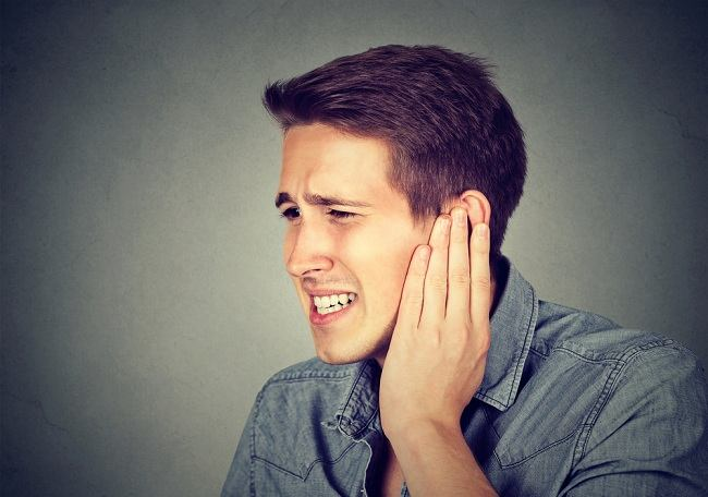 Menyibak Penyebab Telinga Panas dari Segi Medis - Alodokter