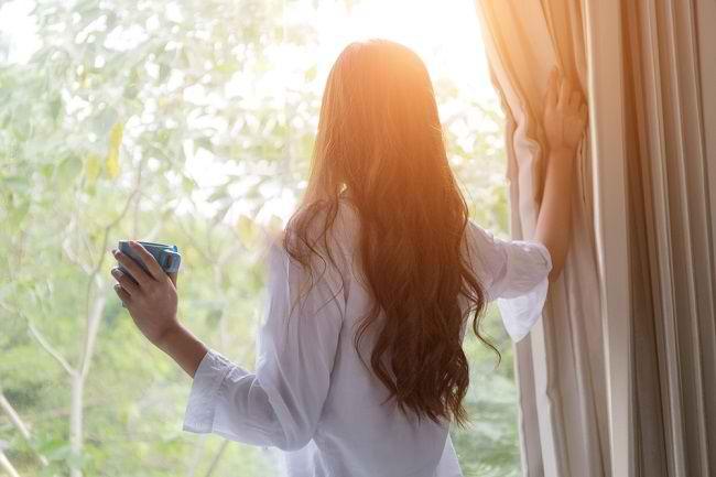 Simak Beragam Manfaat Matahari Pagi - Alodokter