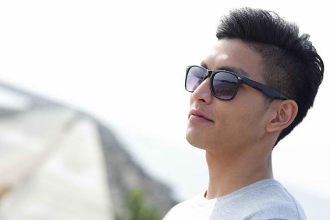 Manfaat Kacamata Hitam untuk Mencegah Penyakit Mata - Alodokter