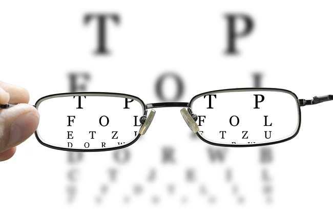 Penyebab Mata Kabur dan Kondisi yang Mendasarinya - Alodokter