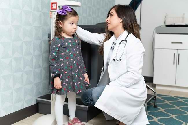 Mengenal Lebih Jauh Peran Dokter Anak Ahli Tumbuh Kembang Pediatri Sosial - Alodokter