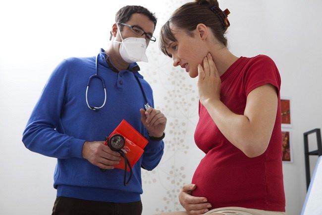 Cara Mengatasi dan Mencegah Sakit Tenggorokan saat Hamil - Alodokter