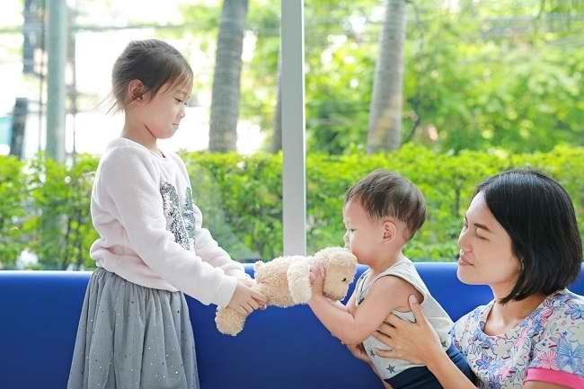 Cara Melatih Empati Anak Agar Lebih Sukses Dan Bahagia Alodokter