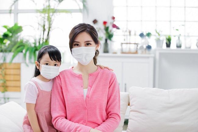 Protokol Kesehatan di Luar dan di Dalam Rumah untuk Melindungi Keluarga dari COVID-19 - Alodokter