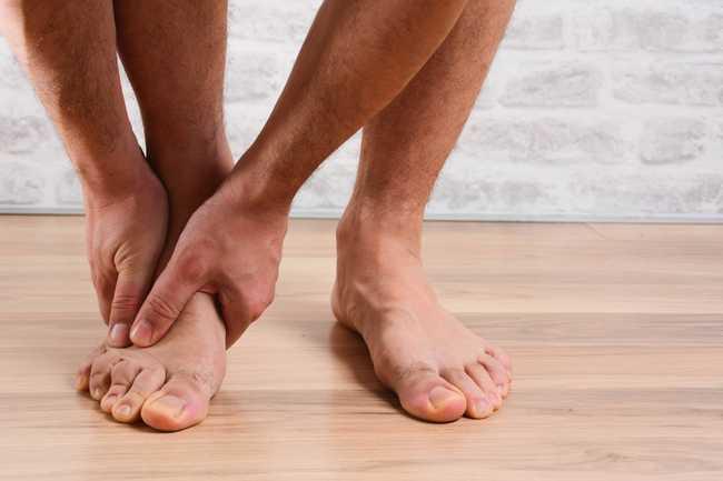 ปวดฝ่าเท้า