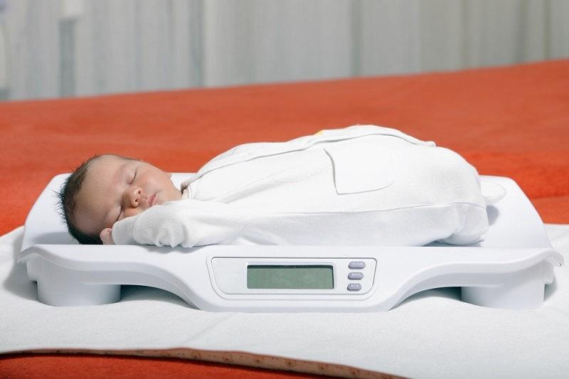 Ini Berat Badan Bayi 2 Bulan yang Ideal - Alodokter