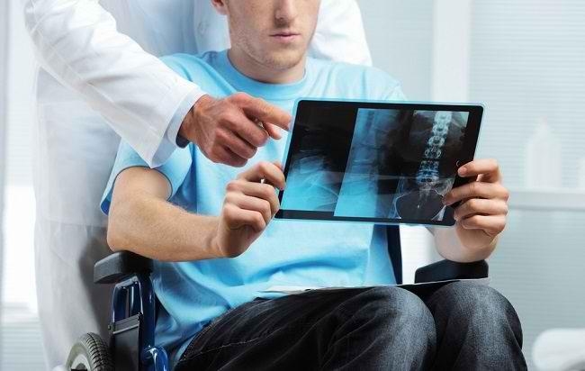Mengenal Lebih Jauh Peran Dokter Ortopedi Ahli Onkologi - Alodokter