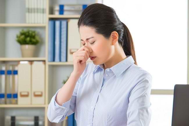 Kenali Kondisi yang Memerlukan Operasi Sinusitis dan Risikonya - Alodokter