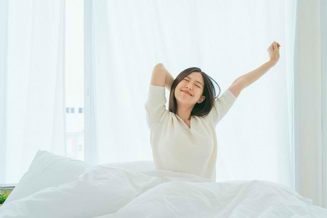 9 Cara Menghilangkan Ngantuk di Pagi Hari agar Produktif Sepanjang Hari - Alodokter