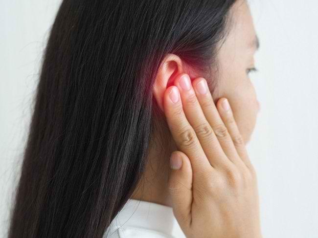 Ketahui Penyebab dan Cara Mengatasi Telinga Gatal - Alodokter