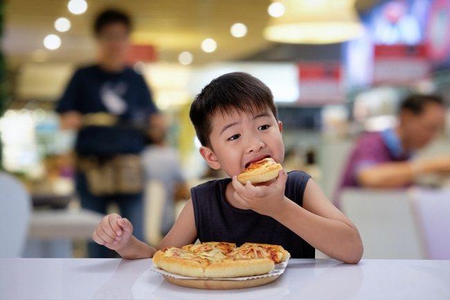 Bisakah Anak Terkena Kolesterol Tinggi dan Bagaimana Mencegahnya? - Alodokter