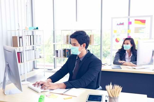 Risiko Penularan Virus Corona - Alodokter