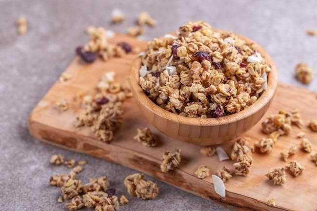 Menilik Manfaat Granola bagi Kesehatan - Alodokter