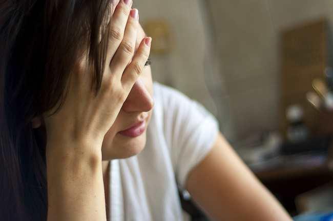 Sakit Kepala Sebelah Kanan hingga Leher, Ini Penyebabnya - Alodokter