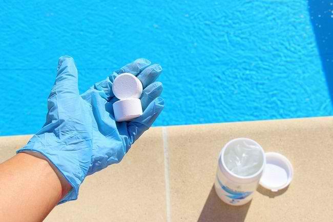 Hati-hati, Klorin pada Air di Kolam Renang Dapat Memicu Alergi - Alodokter