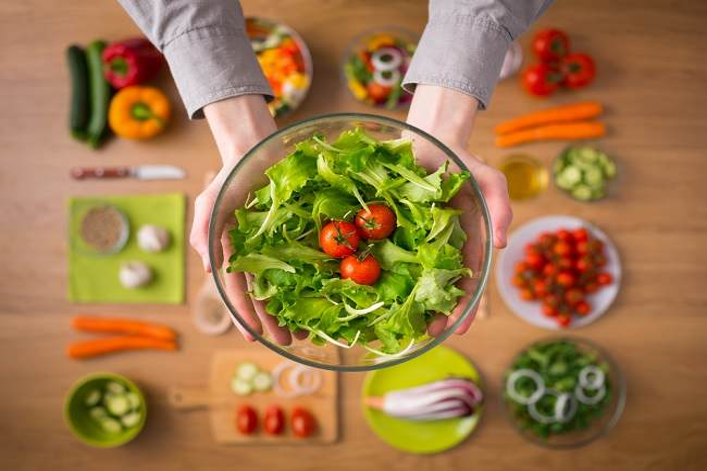 Beragam Makanan yang Mengandung Vitamin A dan Manfaatnya - Alodokter