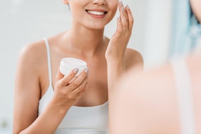 Menguak Bahan Aktif pada Produk Skin Care Korea - Alodokter