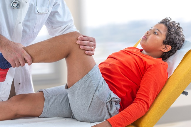 Tidak Hanya Orang Dewasa, Osteoporosis juga Bisa Terjadi pada Anak - Alodokter