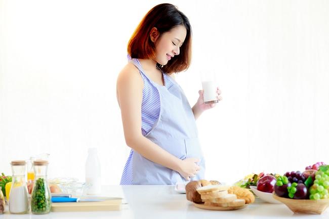 Beragam Manfaat dan Cara Memenuhi Kebutuhan Kalsium untuk Ibu Hamil - Alodokter