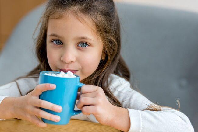 Hati-hati, Ada Risiko Kafein Berlebih Dalam Minuman Anak - Alodokter