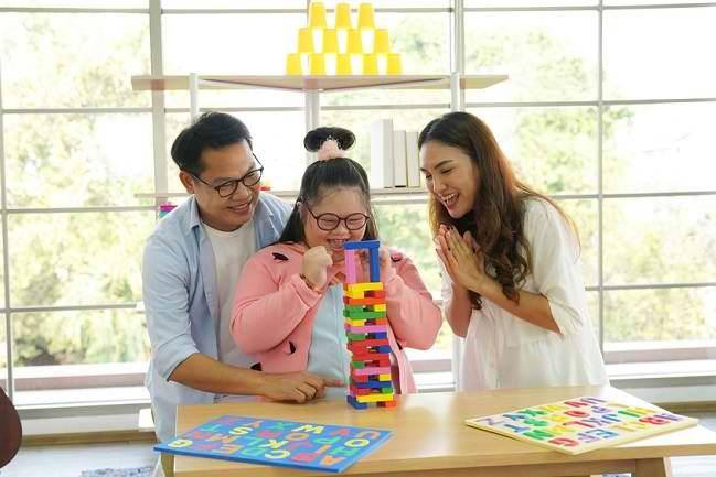 Memahami dan Mendampingi Anak Berkebutuhan Khusus - Alodokter