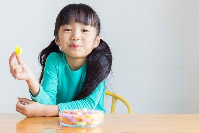 Hati-hati, Gula Berlebih Dapat Mengganggu Tumbuh Kembang Anak - Alodokter