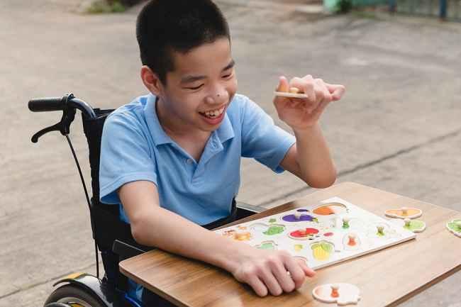 Mengenal Perbedaan Disabilitas dan Difabel - Alodokter