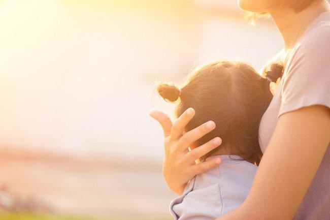 Lindungi Anak Anda dari Pelaku Penyimpangan Seksual - Alodokter