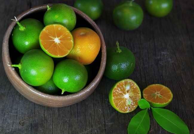 Menilik Nutrisi dan Manfaat Jeruk Kasturi - Alodokter