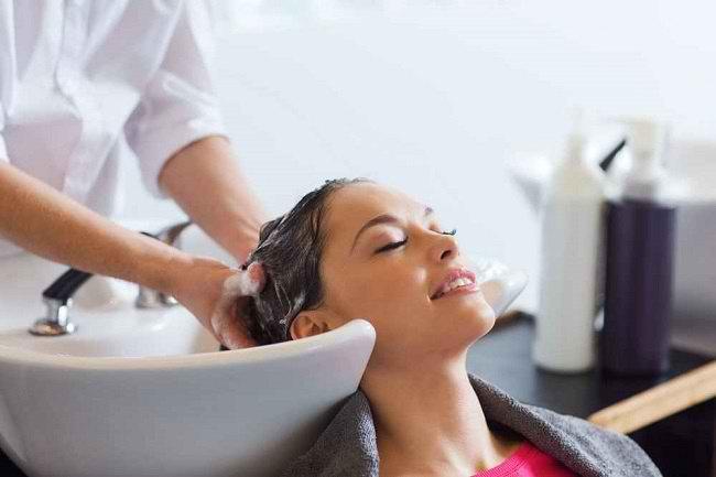 5 Manfaat Creambath untuk Kesehatan Rambut - Alodokter