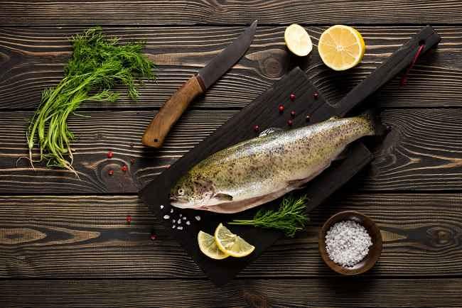 Beragam Nutrisi dan Manfaat Ikan Air Tawar untuk Kesehatan - Alodokter