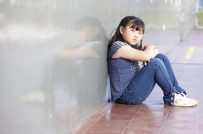 Cara Mengenali Anak Sensitif dan Membantunya Mengelola Emosi - Alodokter