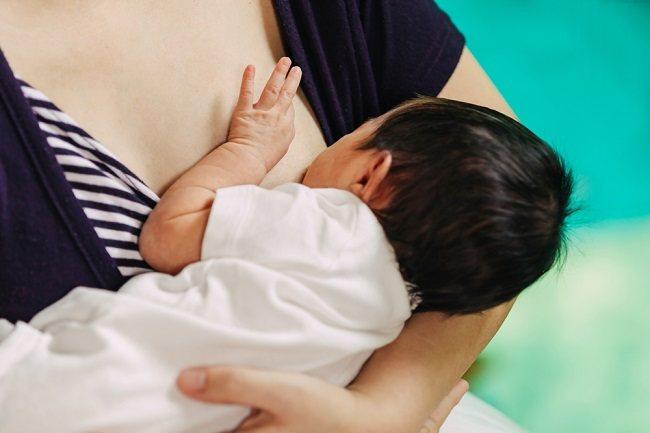 5 Masalah yang Sering Dialami Ibu Menyusui - Alodokter