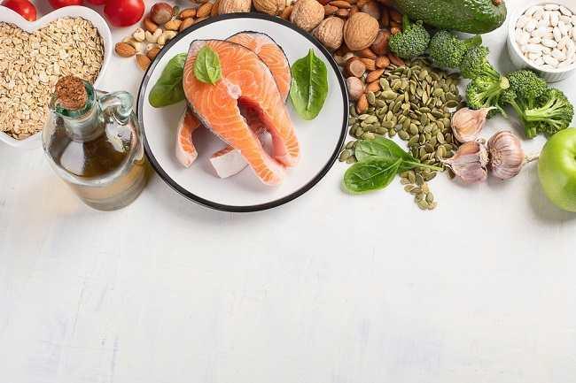 Ini Daftar Makanan Penurun Kolesterol yang Perlu Anda Ketahui - Alodokter