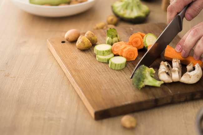 การรับประทานผักสด หรือผักปรุงสุกดีกว่า