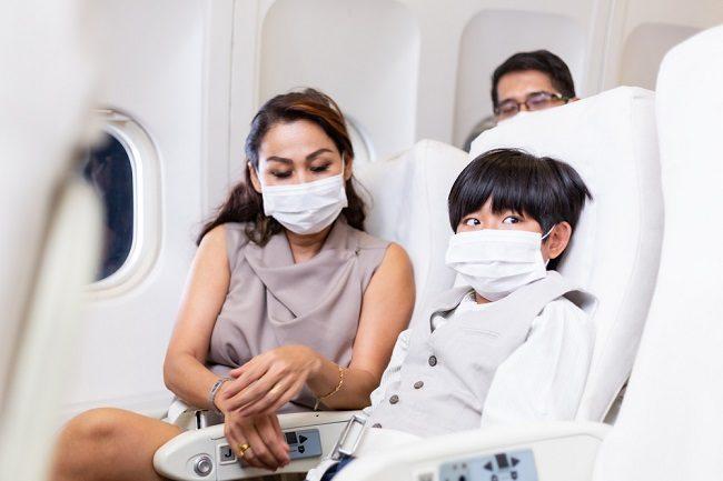 Amankah Mengajak Anak Naik Pesawat Saat Pandemi? - Alodokter